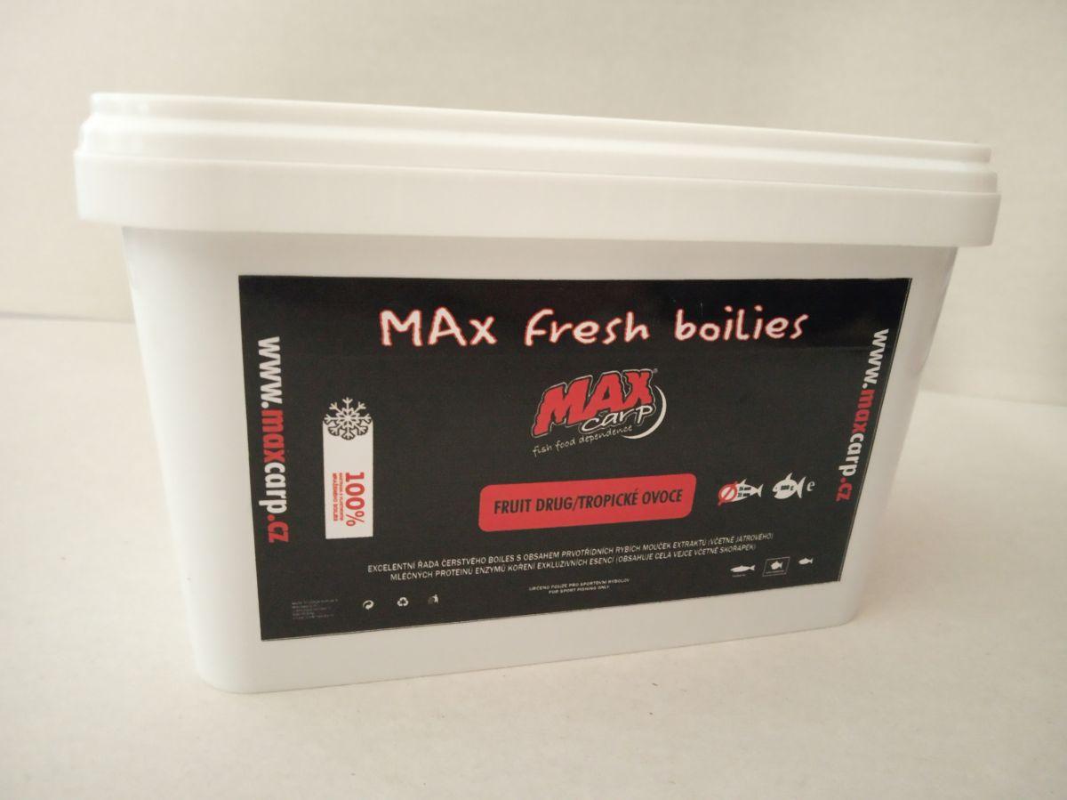 Maxcarp FRUIT DRUG-Tropické Ovoce Boilies 800g 16+21mm