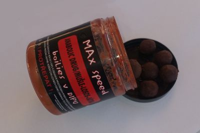 Maxcarp 16mm v dipu boilies 250ml